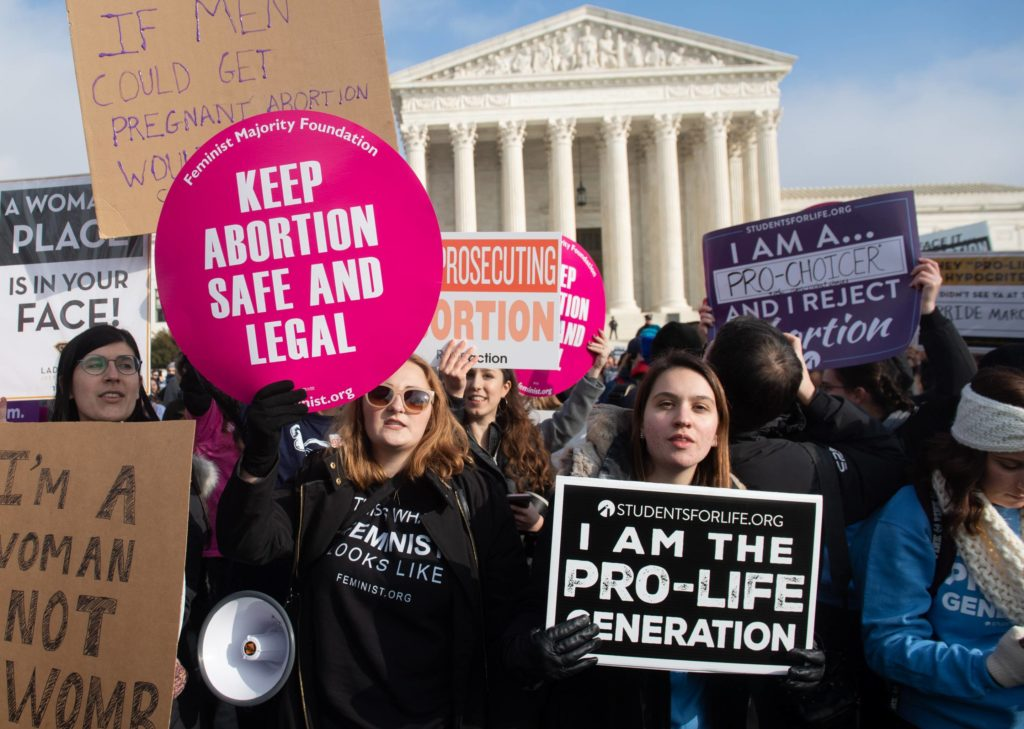 Sophie Turner takes a stand against anti-abortion law of US