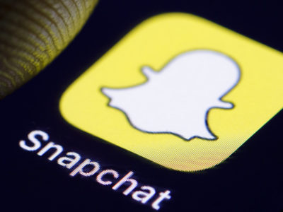 Man Using Snapchat Gender-Bending Filter Made Over 100K Selling Snapchat Premium