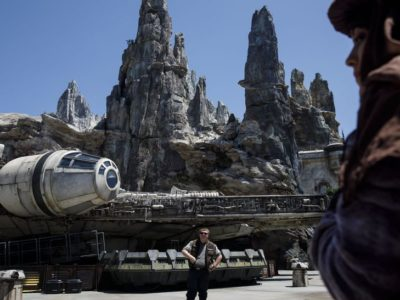 Star Wars heros opens the new Galaxy's Edge theme at Disneyland