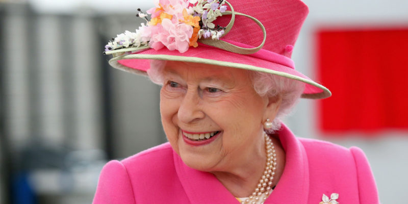 British Queen's palace attacked by rodents.