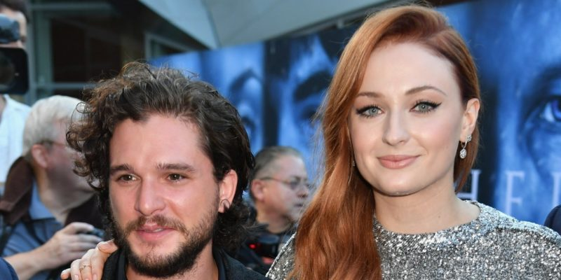 Sophie Turner now Blames Lazy Kit Harington for GOT Starbucks Coffee Cup Blunder
