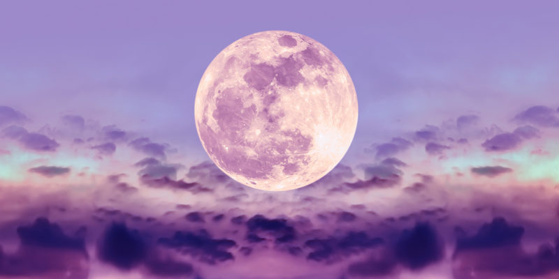 Strawberry Moon in June is a period of love adventure