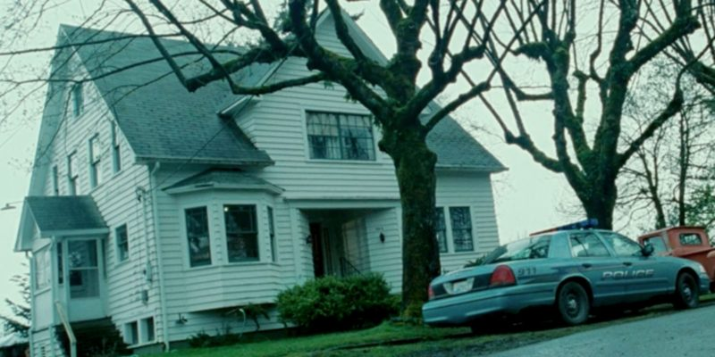 Airbnb to give take you to the world of vampires and warewolves: Puts Bella Swan's house from Twilight on rent