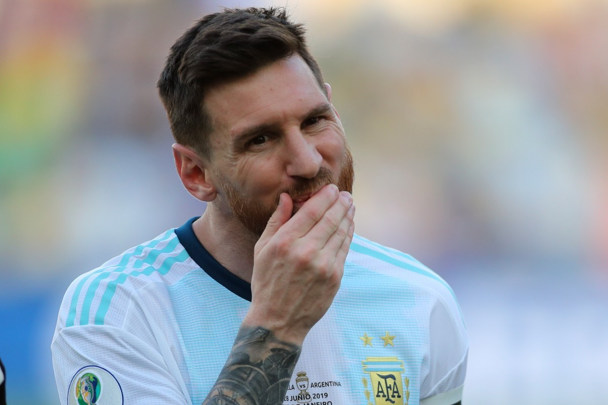 Messi lashes on referees after Copa loss