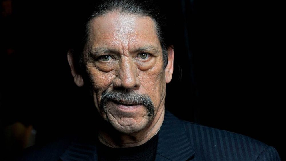 Danny Trejo rescues child from SUV in Los Angeles